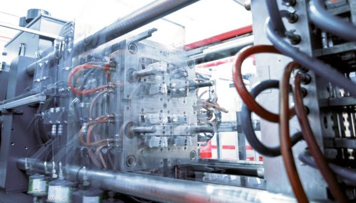 Plast- og trykkstøpemaskiner